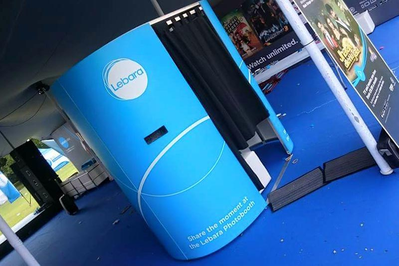 enclosed blue photo booth