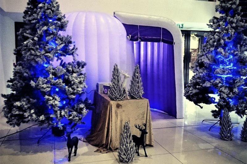 winter themed photo booth in UK